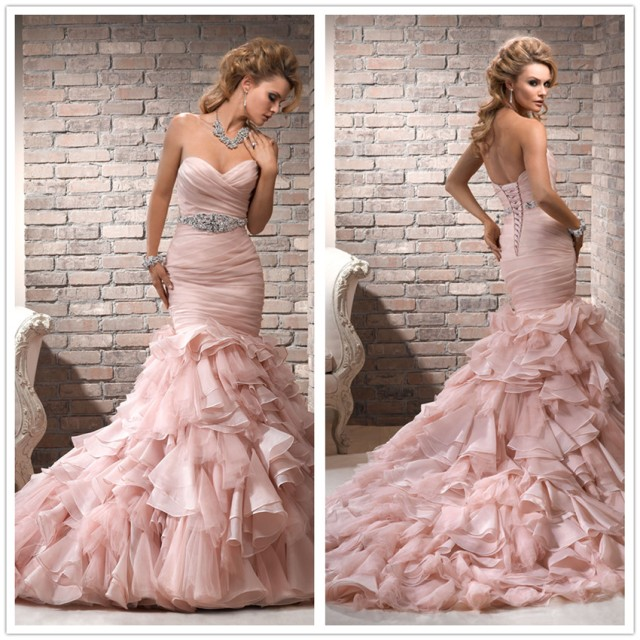 Strapless Sweetheart-Neckline, Mermaid Style Wedding Dress